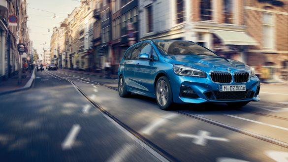 BMW 2er Gran Tourer Interieur von rechts vorne